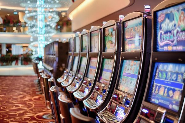 Reasons to Play Casino Slots in the UK
