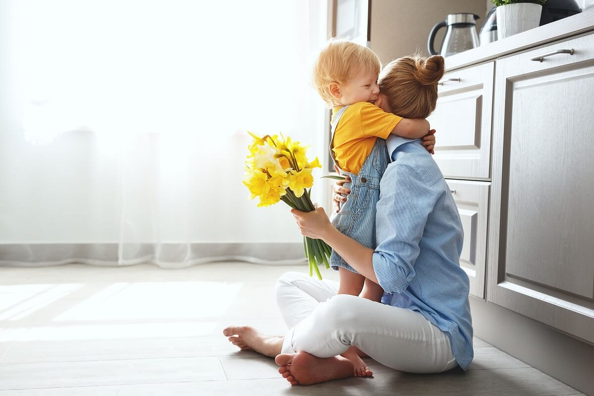 How to celebrate mother's day Safely at Home During the Quarantine
