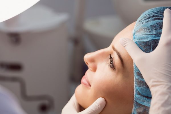 Why Are More Medical Professionals Opting for Medical Aesthetics?