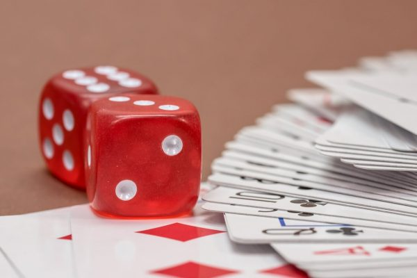 How to Play Rummy? The Basic Tips for Beginners