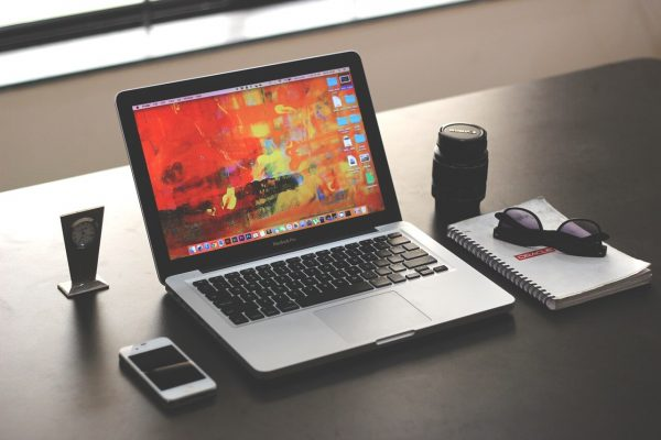 A Guide to Choosing the Best Graphic Designing Company in India