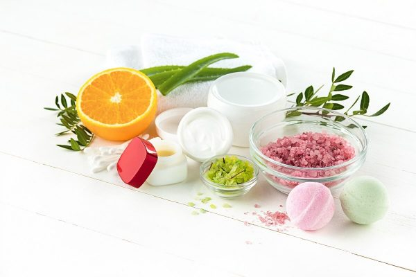 A Beginner's Guide To Ingredients In Skincare Products