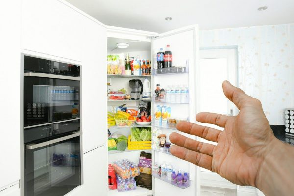 How Often Should You Change Your Refrigerator Water Filter?